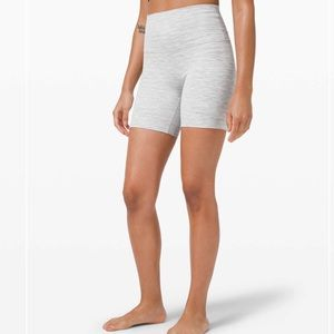 "Align Shorts 6"""